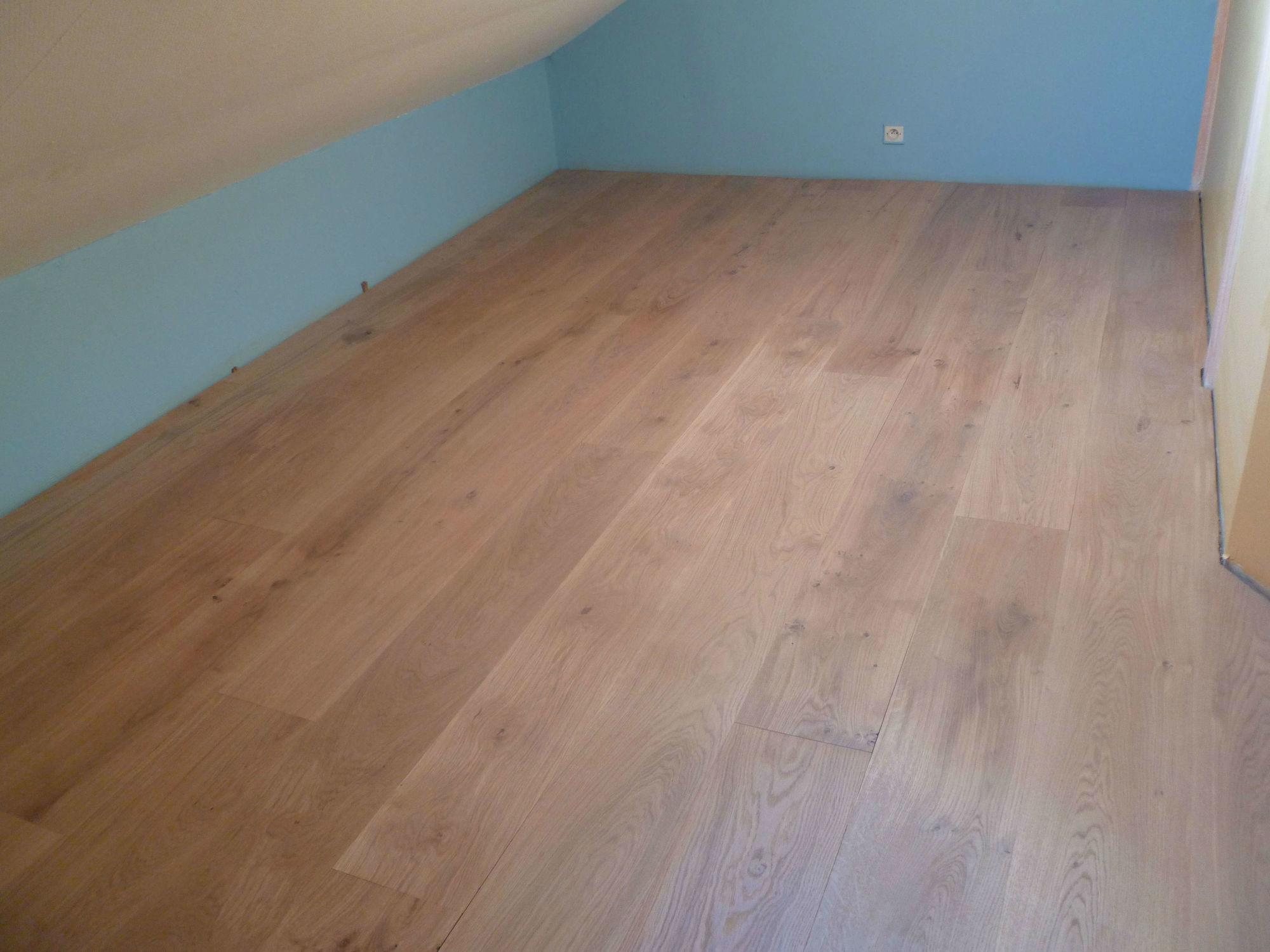 chanfrein parquet cool plancher chene blanchi avec parquet chene massif blanchi latest cliquez. Black Bedroom Furniture Sets. Home Design Ideas
